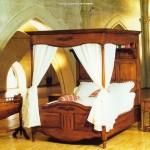 lit en bois massif  bois de lit à baldaquin  lit en bois rustique  pour Le plus Brillant En plus de Interesting Lit Baldaquin Ancien dans Nantes